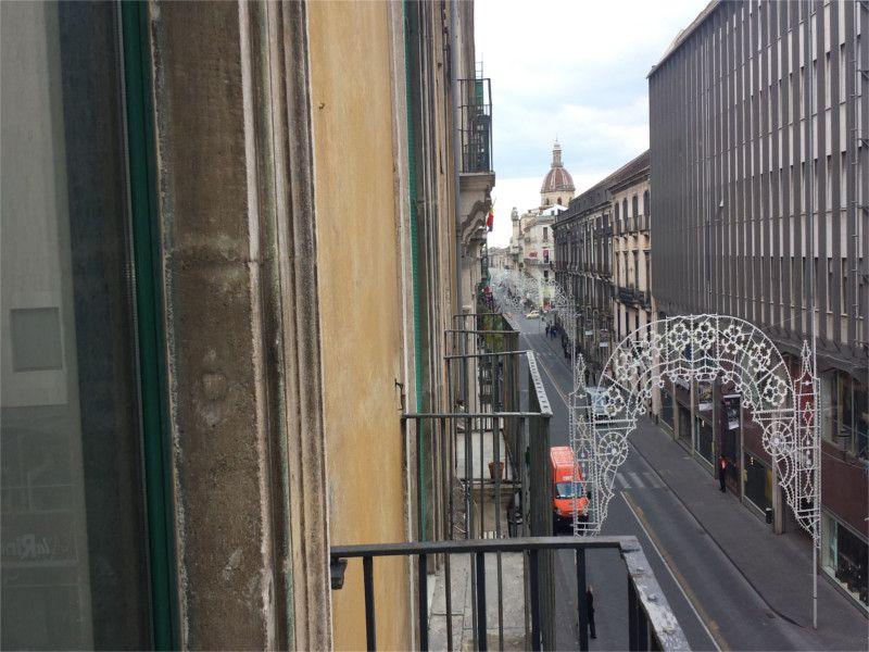 Appartamento 2 vani e mezzo in Via Etnea, Catania